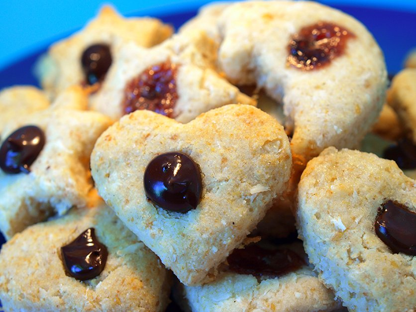 Coconut bun in the oven heart cookies